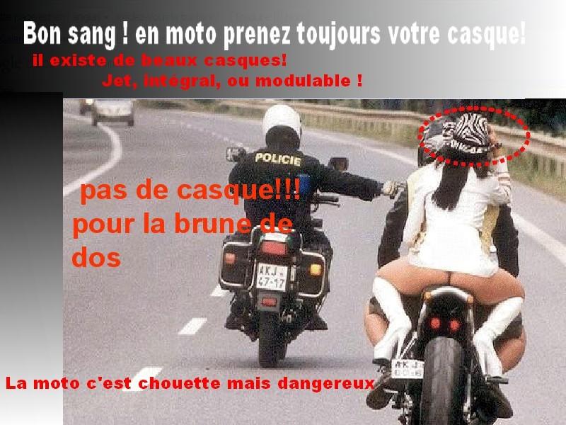 Moto Et Casque Attention Rouler Sans Casque Coûte Cher